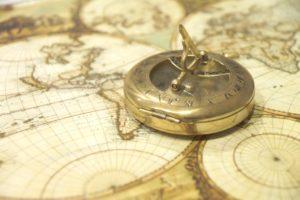 stará mapa 7 a kompas